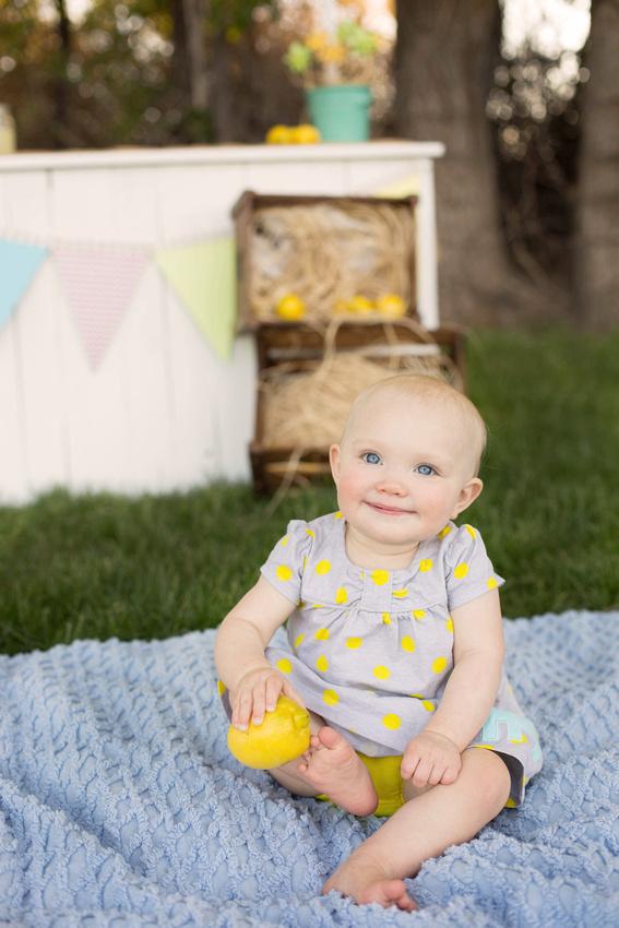 Pueblo, Canon City photographer first birthday lemonade stand photos.